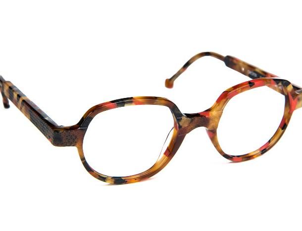 Res_Rei_tortoise_orange_glasses