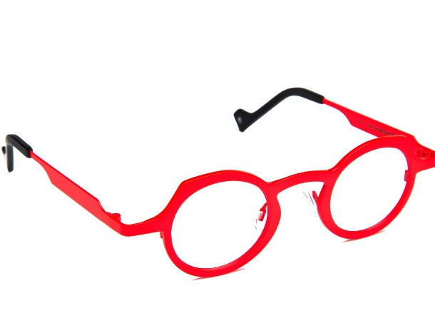 Theo_red_round_glasses